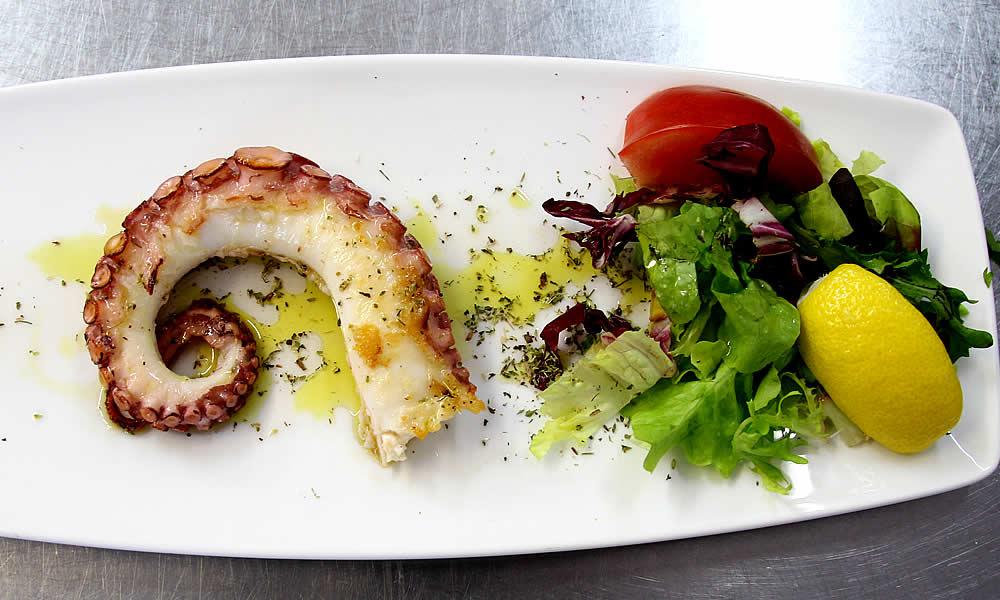 oktopus-vom-grill